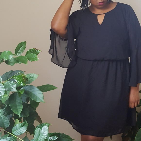 Wet Seal Dresses | Plus Size Black Bell Sleeve Dress | Poshmark